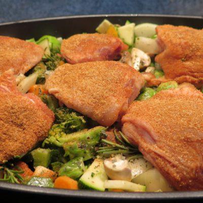 Hähnchen mit mediterranen Ofengemüse